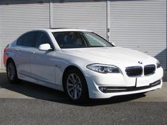 BMW BMW 528i ハイラインpkg フルセグ付ナビ 黒革 サンルーフ 3.0L