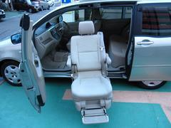 ラウムCパッケージ サイドリフトアップ 福祉車両 車イスクレーン