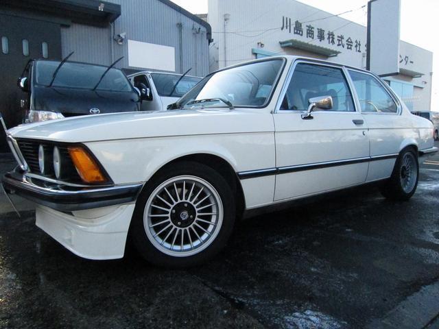 BMW 320i ディーラー車 左ハンドル