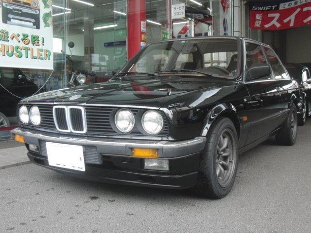 BMW 3シリーズ 318iS (検30.3)