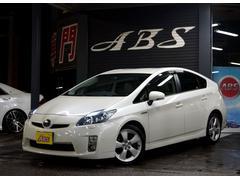 沖縄の中古車 トヨタ プリウス 車両価格 88万円 リ済別 平成21年 11.0万K ホワイトパールクリスタルシャイン
