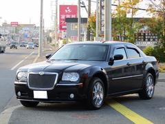 クライスラー 300C3500 リミテッド AWD 黒革シート 地デジ