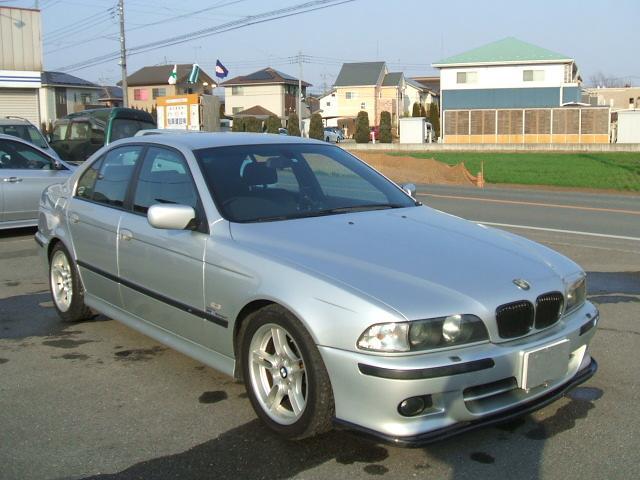 BMW 528i Mスポーツ カーボンリップスポイラー