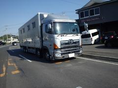 日野グランドプロフィア競走馬輸送車