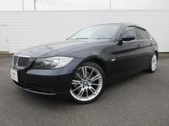 BMW325i