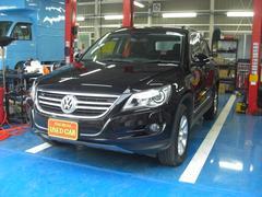 VW ティグアントラック&フィールド 禁煙車 HIDライト 4WD