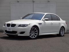 BMWM5 サンルーフ レザーシート シートヒーター