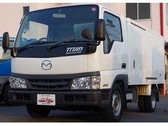 タイタンダッシュ冷蔵冷凍車 サーモキング製 4WD 積載1.25t