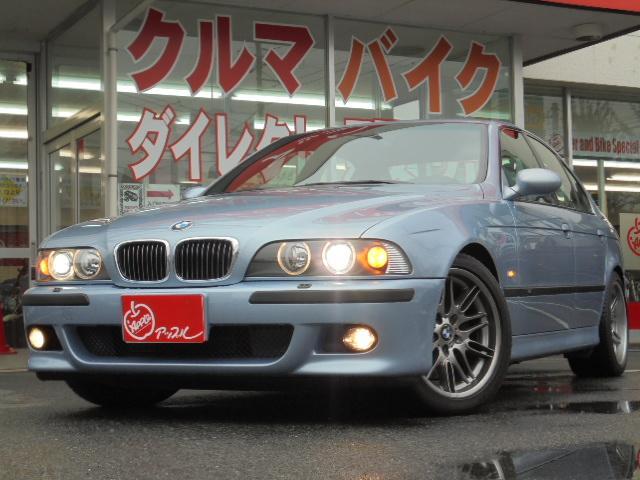 BMW M5 M5 左ハンドル 黒革シート サンルーフ (検31.3)