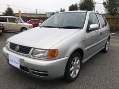 VW ポロユング 4ドア CDデッキ