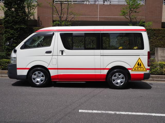 トヨタ DX 幼児バス 乗車定員2人12人 普通免許可ワイドボディー