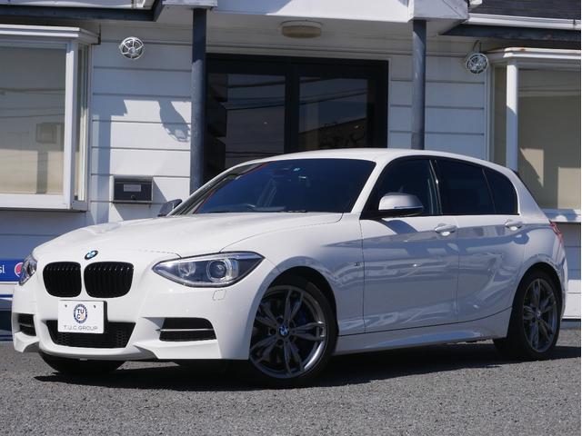 BMW 1シリーズ M135i 1オナ 黒革 Dアシスト クルコン...