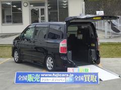 ノア福祉車両 ノアSI車いす二脚搭載 電動ウィンチ
