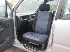 ムーヴ CL4WD 福祉車両 助手席回転シート(ダイハツ)