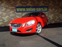 ボルボ V60ドライブeシティセーフティ ベージュ革 1オナ 2012M