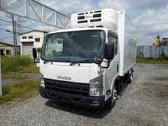 エルフトラックワイドロング中温冷凍車−5℃2.95t NEWエンジン搭載車