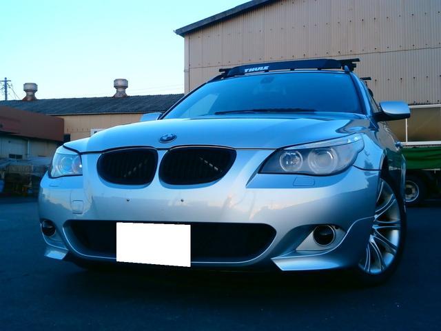 BMW 5シリーズ 525iツーリング Mスポーツパッケージ ガラ...