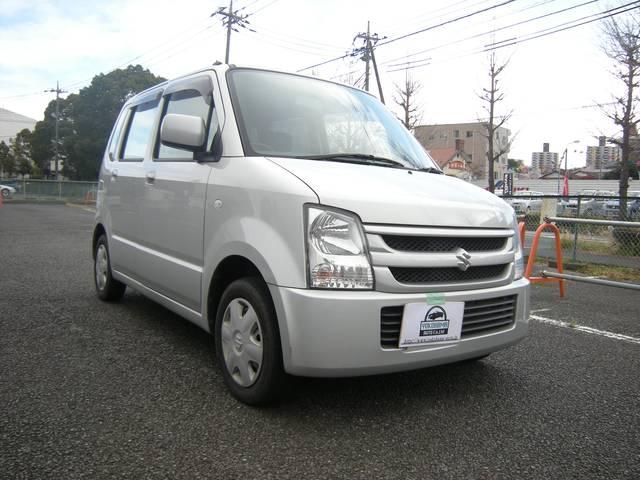 5SPEED 禁煙横浜オートでは全車、国認証の整備工場にて整備を行っております。
