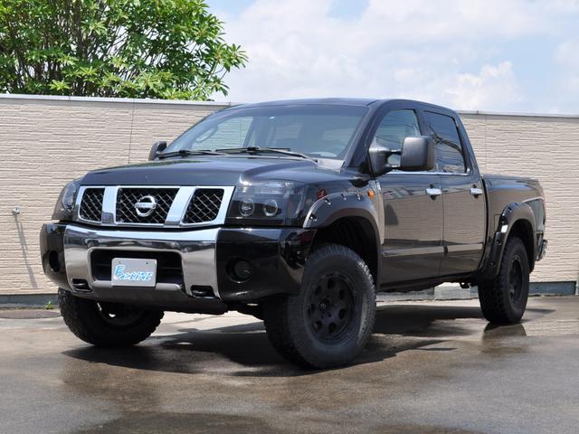 米国日産 クルーキャブSE リフトアップ 4WD オーバーフェンダー
