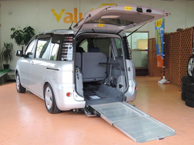 安心してください!保証料金無料一年保証が付いてます!ウェルキャブ スローパー 6人乗り 福祉車輌 CD 左オートスライドドア