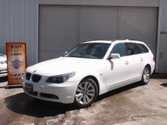 BMW525iツーリングハイラインパッケージ サンルーフ 革シート