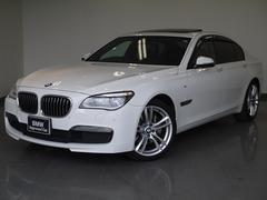 BMW740iMスポーツ LEDライトSR黒革1オーナーAトランク