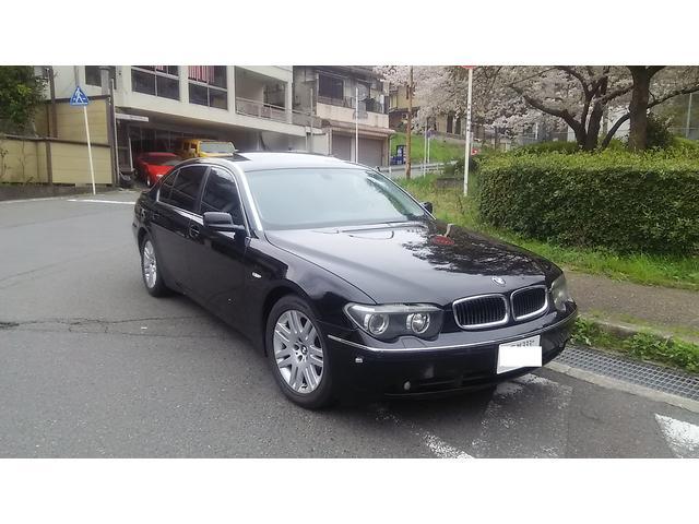 BMW 7シリーズ 745Li (なし)