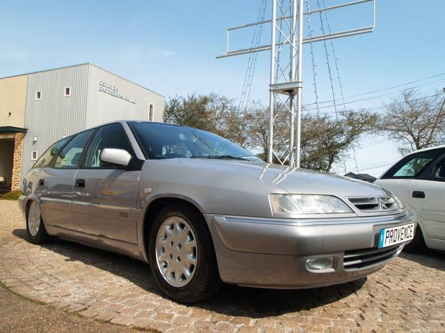citroen xantia break exclusive 1999 silver 27 000 km details japanese used cars goo. Black Bedroom Furniture Sets. Home Design Ideas