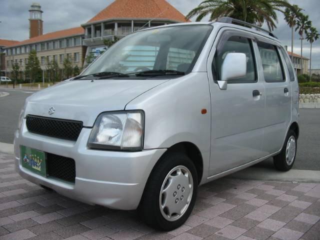 保証付きで安心!新規格で広々!カタログ燃費18.6Km/L・エアバック・新規格車両・タイミングチェーン