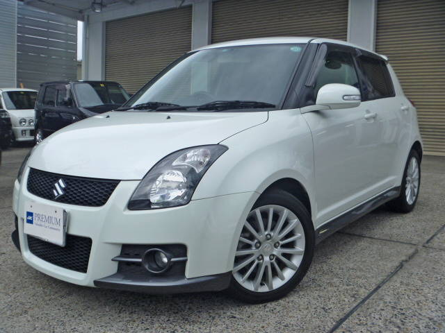 Suzuki Swift Sport White. SUZUKI SWIFT SPORT