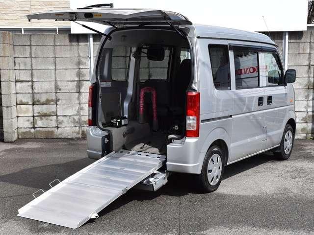 スズキ ウィズ 車いす移動車 補助シート付 電動固定付 ワンオーナー