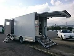 エルフトラック 移動販売車 元移動銀行車 1.5t 4WD(いすゞ)