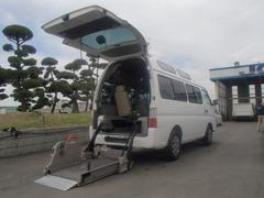 キャラバンバス福祉車両リフター車いす2基 メモリーナビ オートステップ