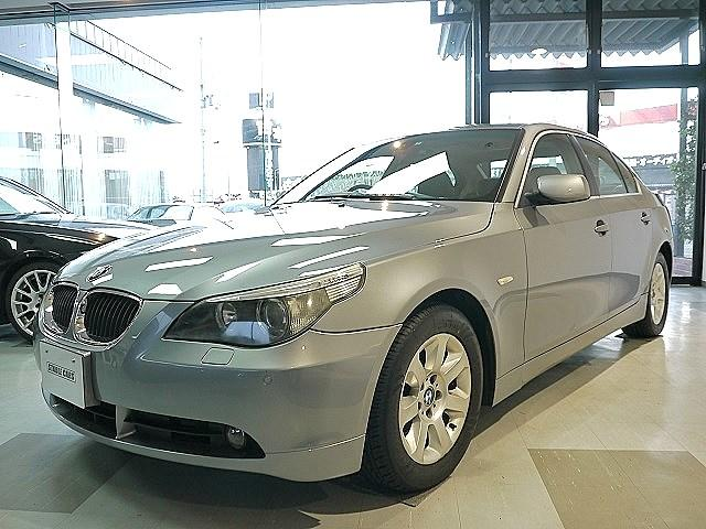 BMW 5シリーズ 525iハイラインパッケージ (検30.8)
