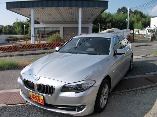 BMW 5シリーズ 528i ETC ナビ 直列6気筒エンジン (...