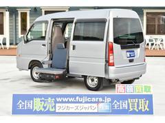 サンバーバンサイドリフトアップシート 車いす収納装置