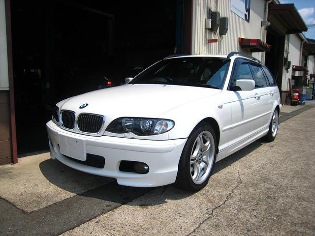 BMW 3シリーズ 325iツーリング Mスポーツパッケージ サン...