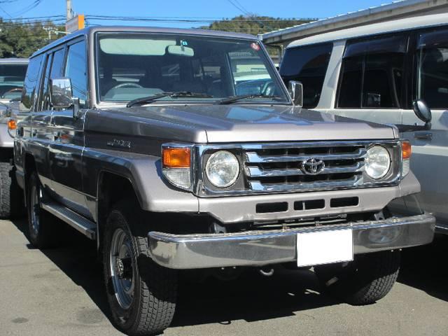 Toyota Land Cruiser 70 Lx 2003 Gray M 136000 Km Details