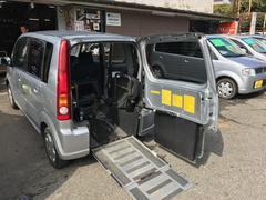 ムーヴ スローパー 車椅子福祉車両(ダイハツ)