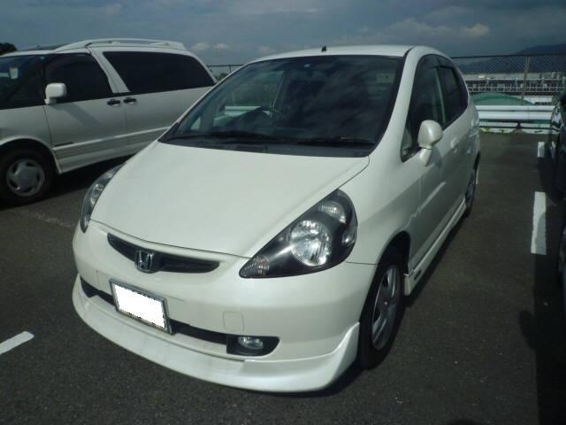純正エアロ 純正ナビ純正エアロ 純正ナビ CD 低燃費の代表車!