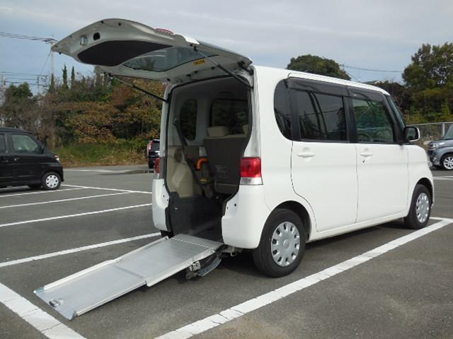 お支払総額から追加料金無し(県外登録・輸送費用別)(有)西日本自動車モータウン店は全車輛にGOO鑑定書付だから安心
