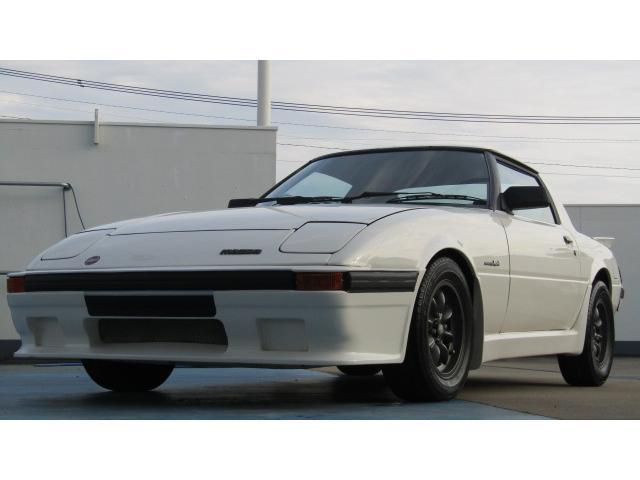 マツダ RX−7(サバンナ) GT (なし)