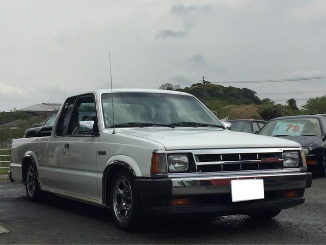 米国マツダ B2200