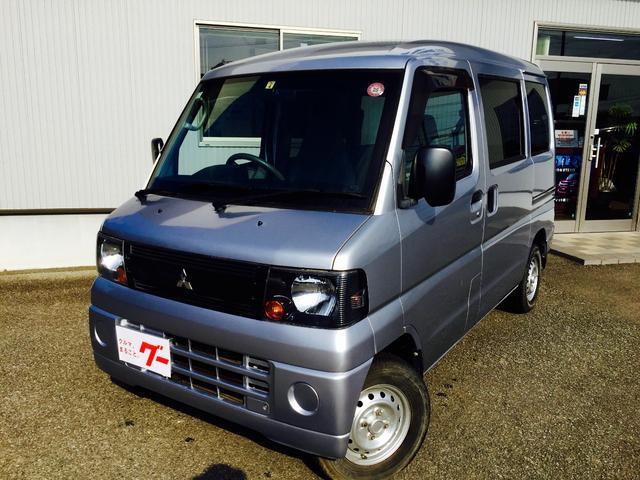 三菱 ミニキャブバン CS 4WD 5速ミッション車 (なし)