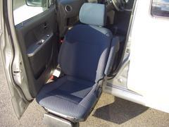 ワゴンR4WDウィズ助手席回転スライドシート