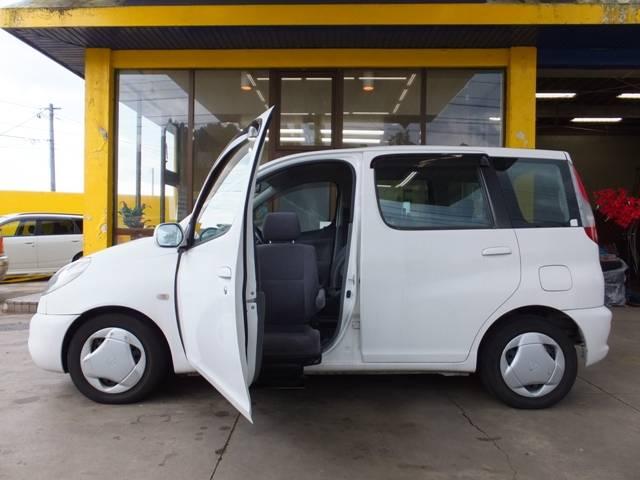 トヨタ G 福祉車両 助手席回転電動シート