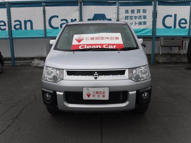 三菱 デリカD:5 G プレミアム 4WD 7人乗り (検30.12)