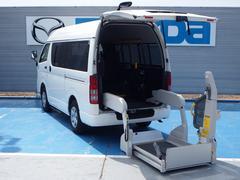 ハイエースバン車イス仕様車Bタイプ 架装オプションストレッチャー固定装置