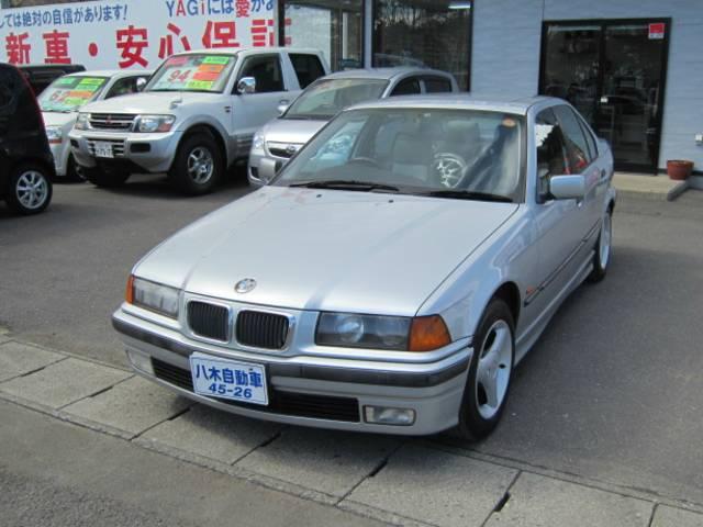 BMW 3シリーズ 318i (なし)