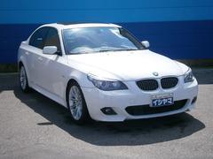 BMW530i Mスポーツ サンルーフ 黒革パワーシート 純正ナビ